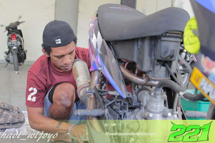 Pembalap Andy Mote Papua