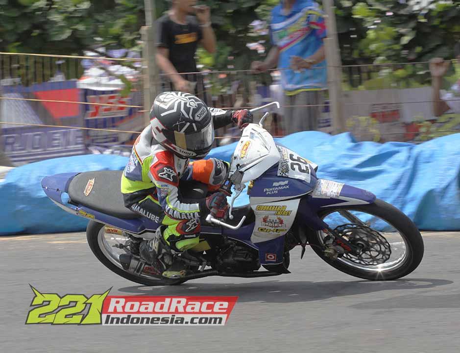 Aldy Satya Mahendra September 2015 Motoprix