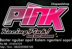 Racing Pink, Atribut Balap Dari Ujung Rambut Sampai Ujung Kaki