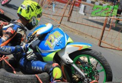 Road Race & Super Moto Panaskan Blitar